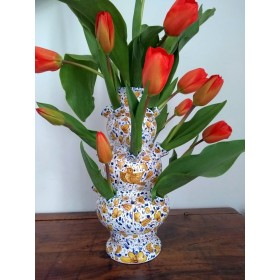 Tulipiere with arabesco