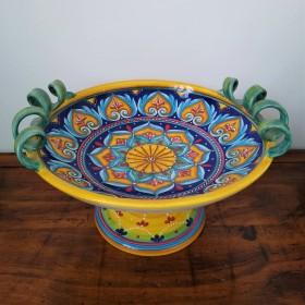 Ceramic centerpiece with handles